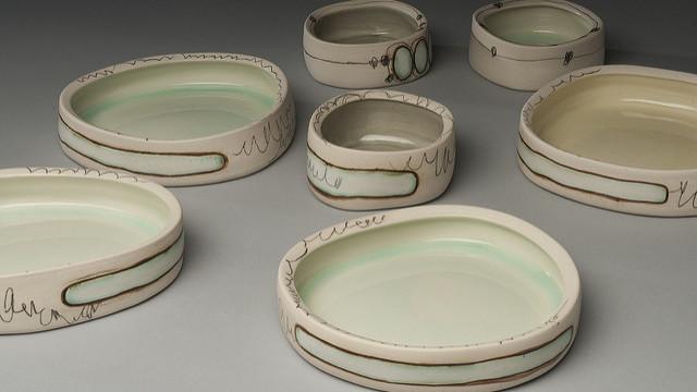 陶器の器の画像