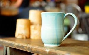 陶器マグカップの画像