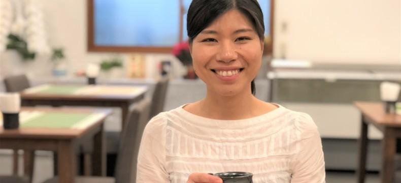 01松本さんとカップ